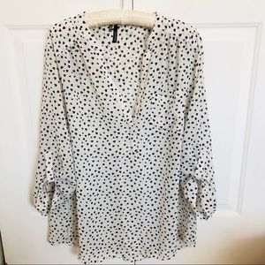 Maurices white popover blouse black printed hearts